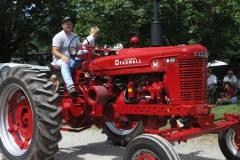 tractors 089