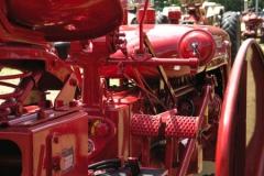 tractors 125