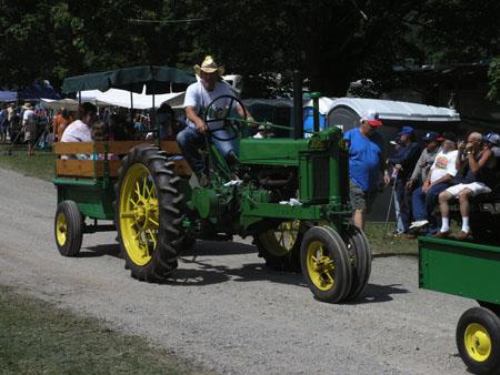 tractors 048