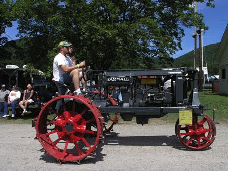 tractors 049