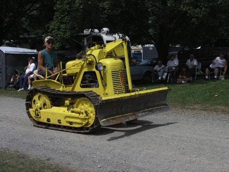 tractors 073