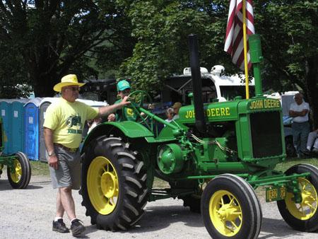 tractors 079