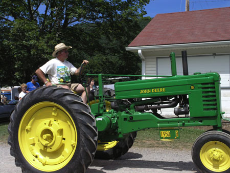 tractors 082