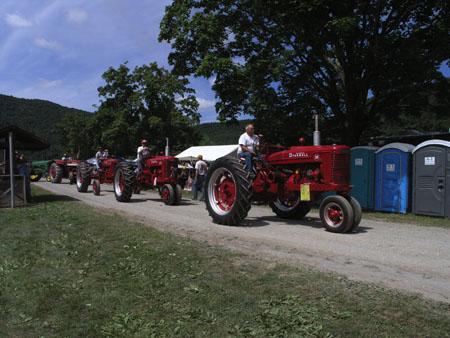 tractors 084