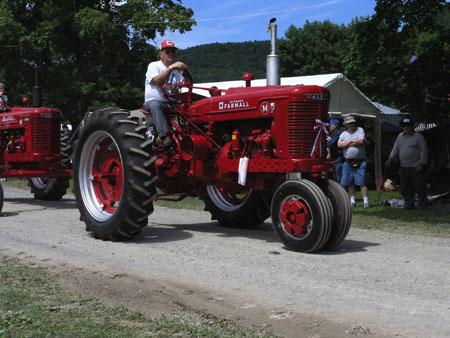 tractors 086