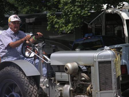 tractors 094