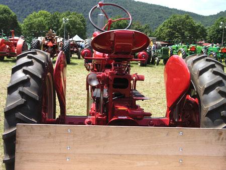 tractors 124