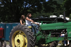 tractors 053