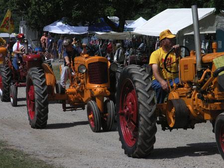 tractors 020