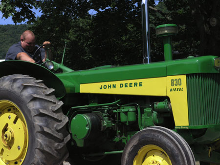 tractors 043