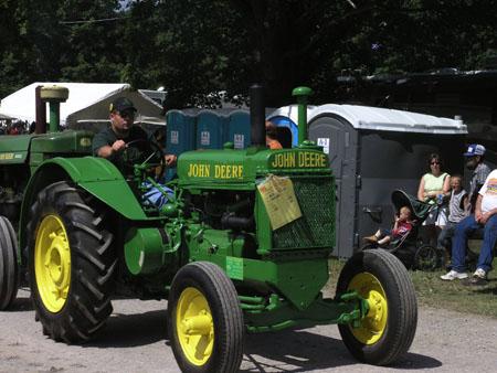 tractors 051