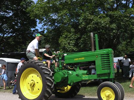 tractors 056