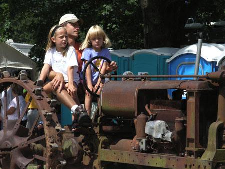 tractors 058