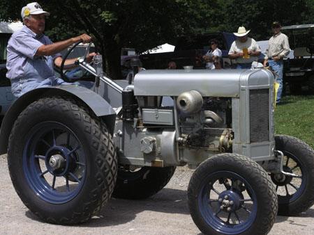 tractors 095