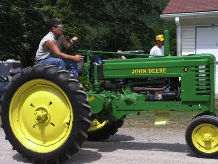 tractors 098